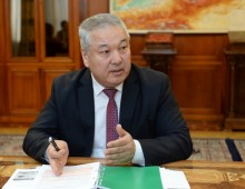 Сооронбай Жээнбеков ознакомился с ходом подготовки к переписи населения