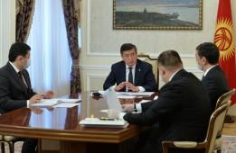 Сооронбай Жээнбеков принял мэра Бишкека и полпреда в Чуйской области