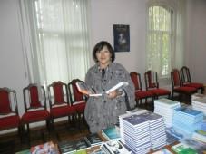 Известная в Кыргызстане писательница победила в конкурсе