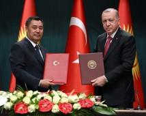 Садыр Жапаров подписал в Турции ряд документов